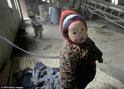Fattigt invandrarbarn i Kina
