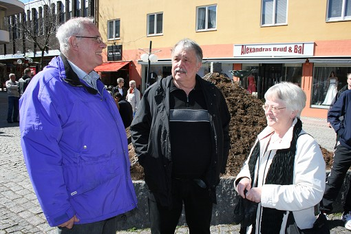 Bernt Ekberg, Veymoth och Betty Johansson